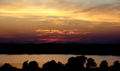 r-sunset